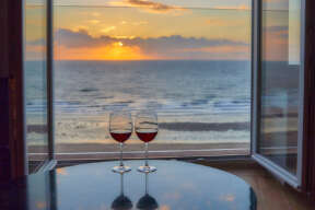 Zeezicht met wijn